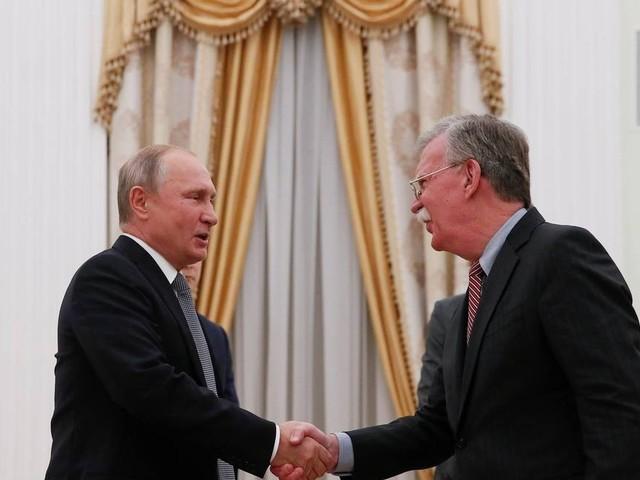 Putin e Trump devem se encontrar em novembro para discutir acordo nuclear