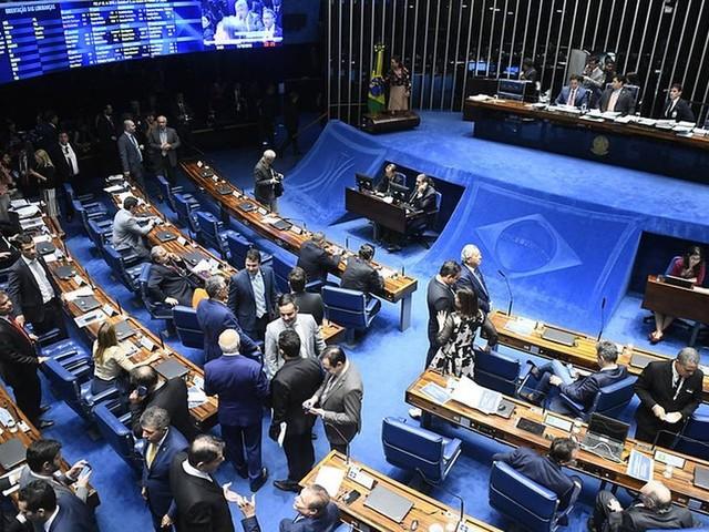 Senado aprova fim da prisão disciplinar para policiais militares e bombeiros