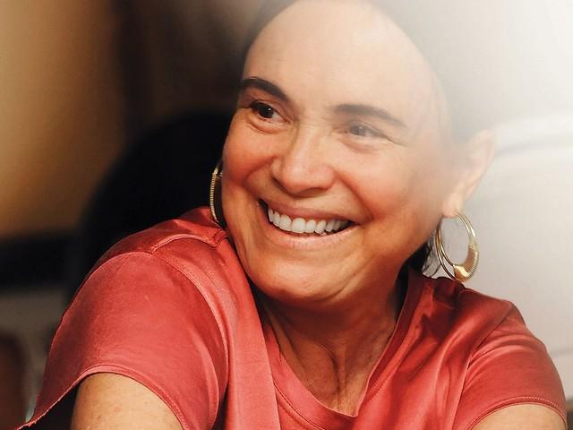 Convidada para Secretaria, Regina Duarte elogia Bolsonaro nas redes sociais