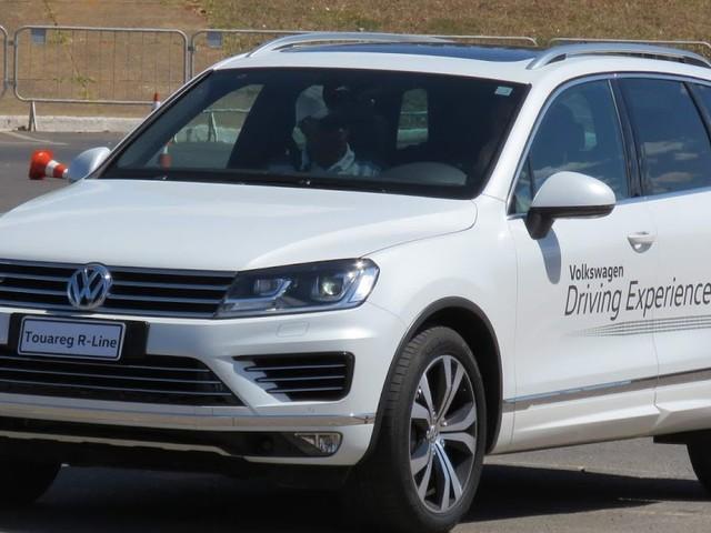 VW Touareg V8 FSI: preços, detalhes e impressões - vídeo