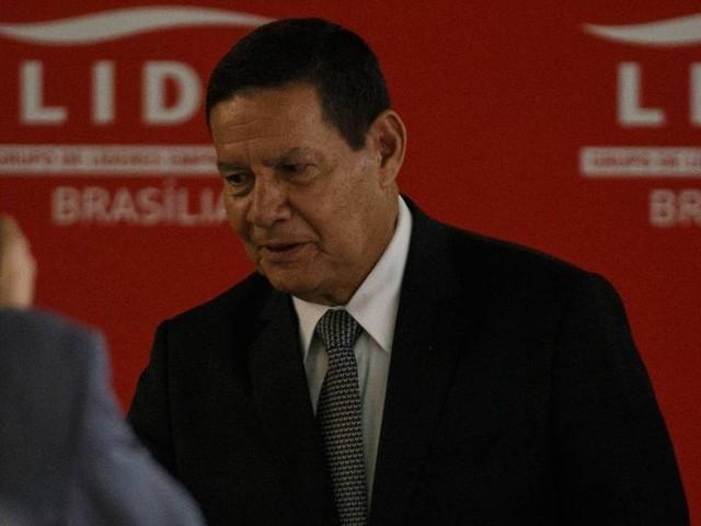 Reforma da Previdência dos militares vai economizar R$ 13 bilhões em 10 anos, diz Mourão