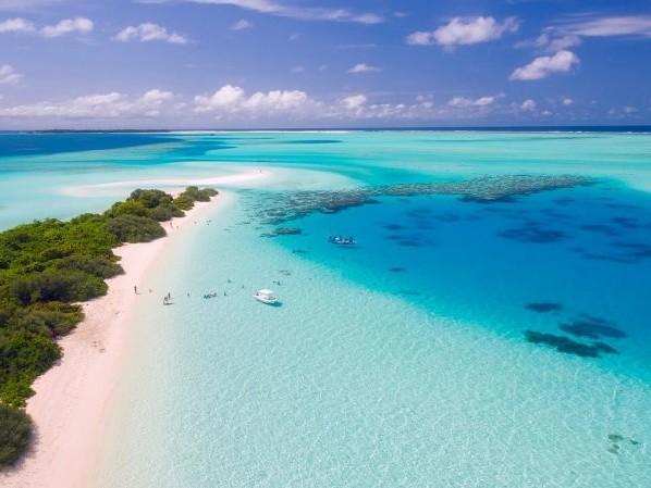 Férias dos sonhos! Passagens para Dubai mais Maldivas na mesma viagem a partir de R$ 3.603 saindo de São Paulo!