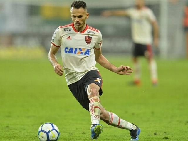 Flamengo encaminha renovação de Renê, e Piris da Motta pode deixar o clube