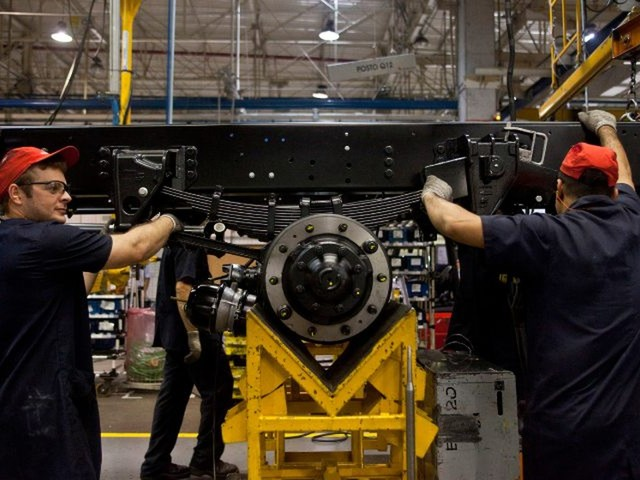 Produção industrial sobe em outubro em 7 de 15 locais avaliados pelo IBGE