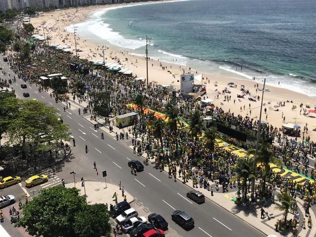 Manifestações a favor da candidatura de Bolsonaro ocorrem em várias cidades do país