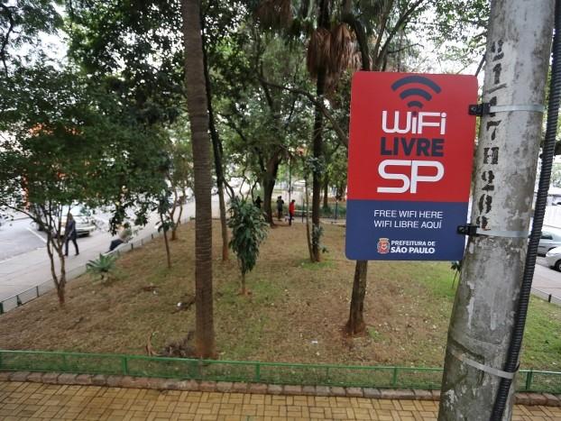 Operadoras poderão usar Wi-Fi público de São Paulo para desafogar rede móvel
