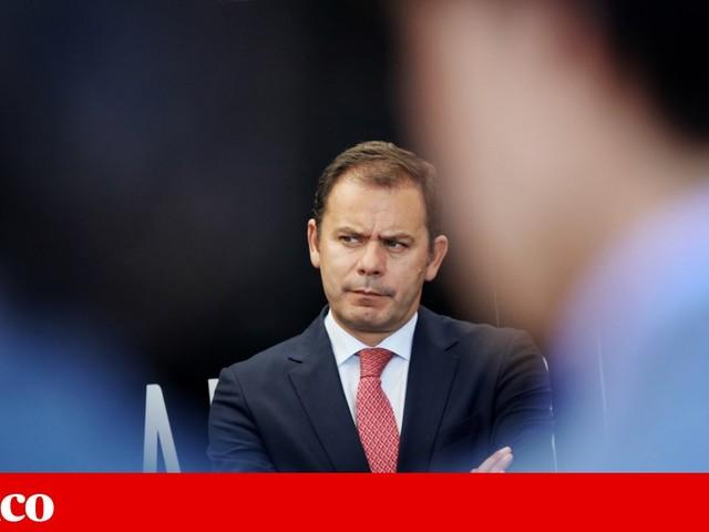 """Luís Montenegro: """"Está na altura de dizer que o PSD tem vida própria"""""""