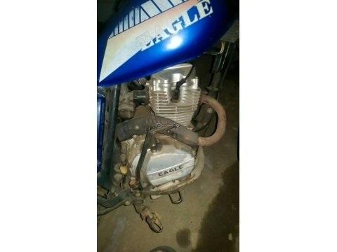 Moto EAGLE 125CC