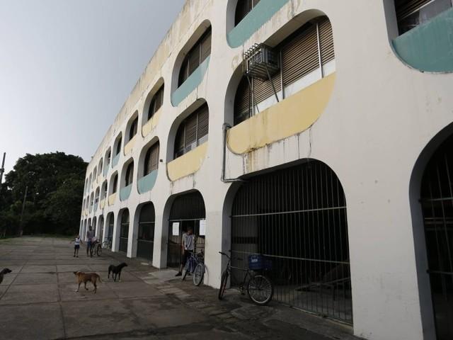 Colégios estaduais do Rio poderão ganhar dispositivo que avisará pais sobre entrada e saída de alunos