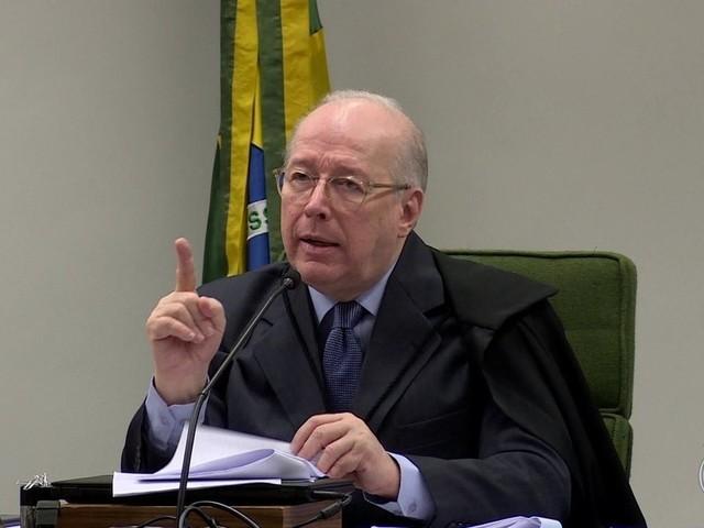 Celso de Mello, ministro mais antigo do STF, antecipa aposentadoria
