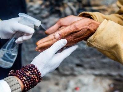 Ecoa   Com 'olho no olho' e afeto, artistas ajudam Cracolândia na pandemia