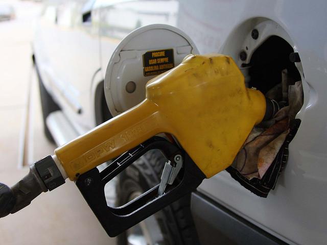 Combustíveis: Justiça Federal em Brasília suspende aumento de impostos