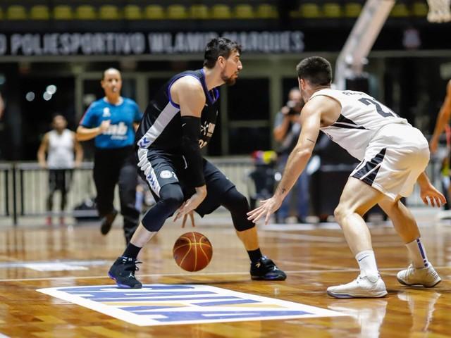 Pinheiros vence Corinthians no NBB por apenas três pontos
