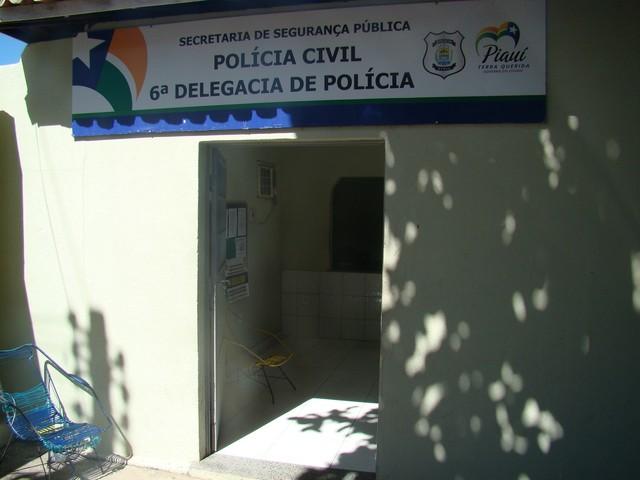 Comerciante é rendido e assaltantes levam mala com mais de R$ 5 mil em Teresina