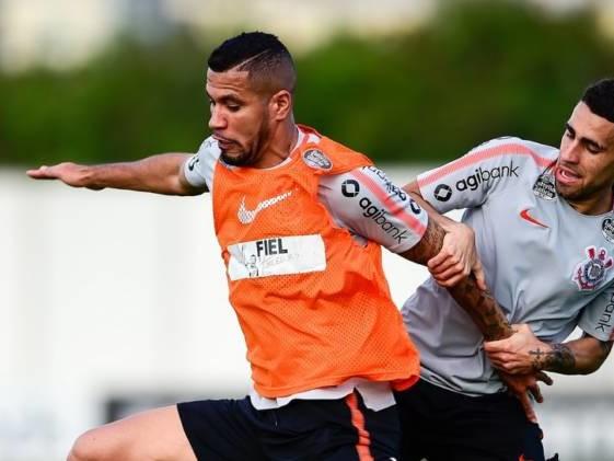Corinthians se prepara para Copa do Brasil, provavelmente sem Jonathas
