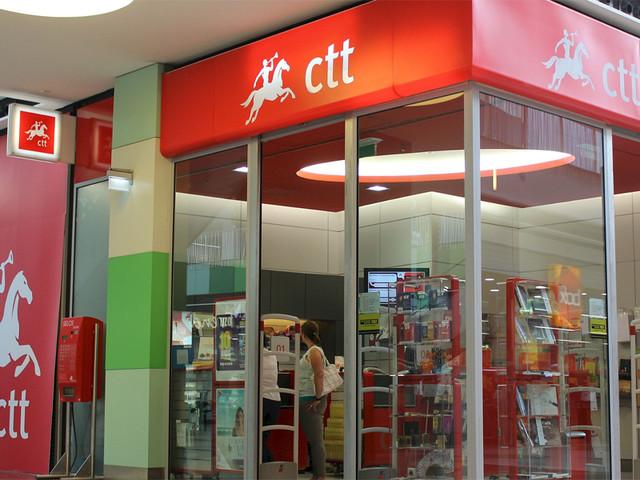 CTT devem acabar com fecho de estações e com despedimentos, alertam municípios