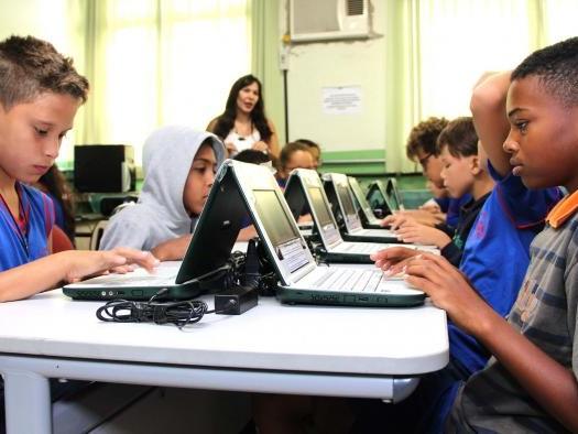 Governo Federal cria programa para fornecer internet veloz a escolas públicas