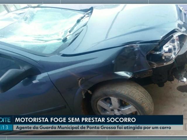 Motorista foge depois de bater contra moto e ferir guarda municipal, em Ponta Grossa