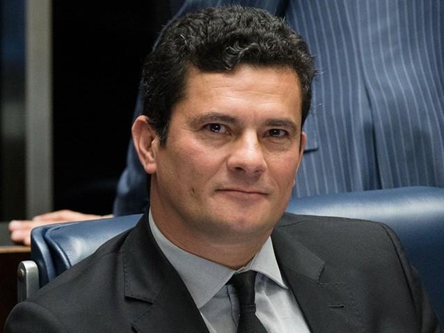 Moro condena doleiros de Youssef a prestar serviços comunitários