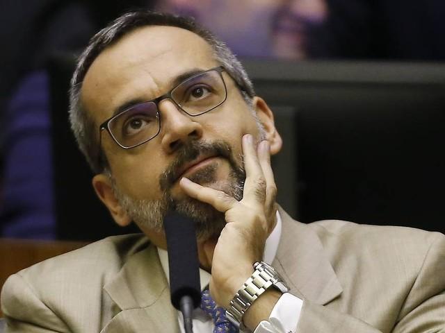 Weintraub se recusa a pedir desculpas públicas a deputados do RJ