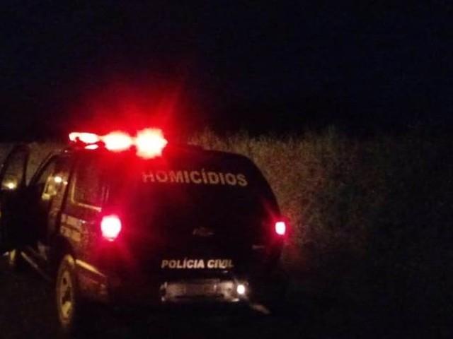 Idoso é amarrado, estrangulado, queimado e morto a tiros em Joinville