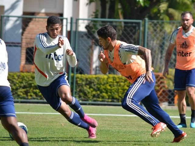 Veja fotos do treino do São Paulo desta quinta-feira no CT da Barra Funda