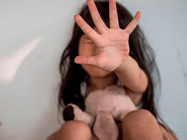 Mulher denuncia que filha de três anos foi estuprada na escola