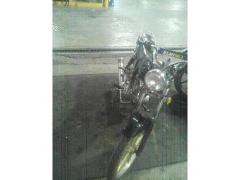 Vendo moto Um.150