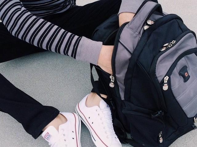 Volta às aulas: mochila pesada pode causar problemas graves de coluna