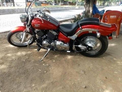 Vendo motocicleta yamaha star 6.50.cc año 2007
