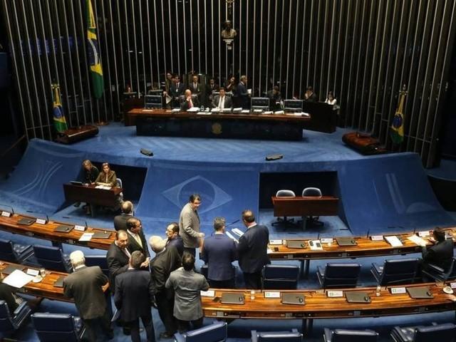 Senado aprova MP que libera capital estrangeiro nas empresas aéreas e mantém bagagem gratuita