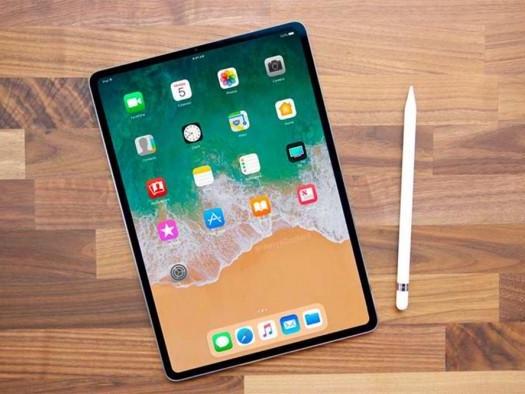 Porta USB-C do iPad Pro faz mais do que carregar; veja as possibilidades