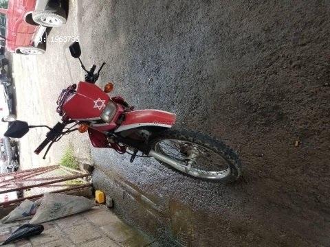 Vendo bonita moto montañera