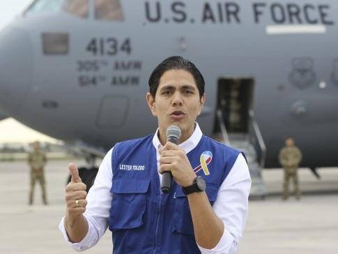Segundo avião pousa na Colômbia com ajuda humanitária para Venezuela