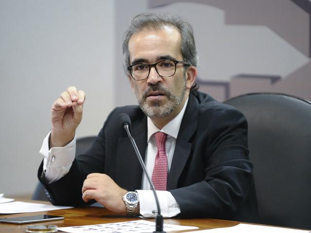 """Crise no PSD: Paulo Rangel diz que Rui Rio demonstrou """"coragem"""" e """"bom senso"""""""