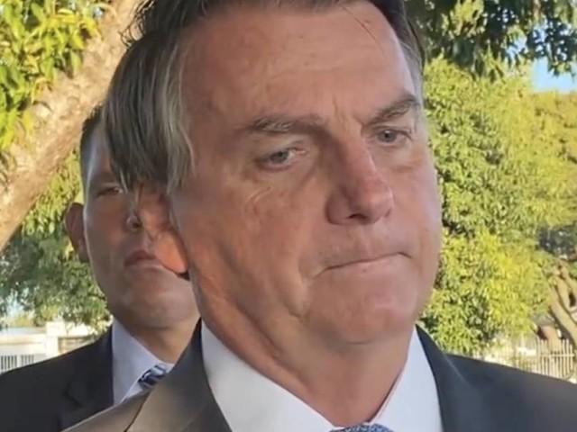 TSE rebate críticas de Bolsonaro às urnas eletrônicas