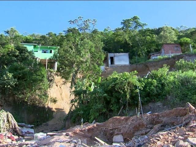Empresa que fez estudo em áreas de risco não identificou rocha que provocou tragédia em Niterói (RJ)