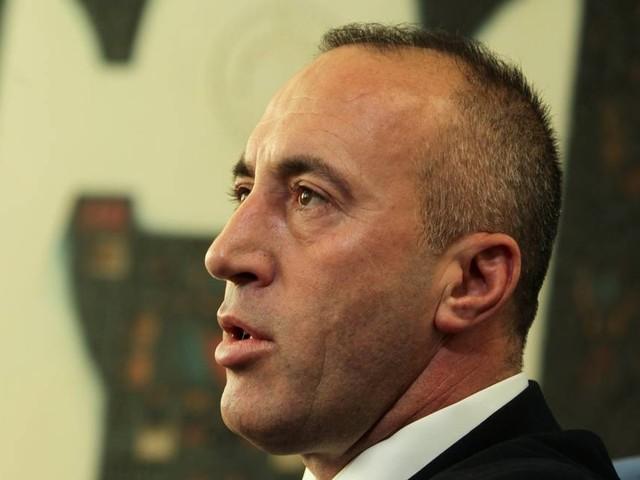Premier do Kosovo renuncia após ser chamado para depor em tribunal