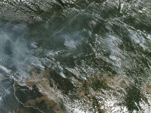 Dados do Inpe e do Imazon mostram mais queimadas em municípios com mais desmatamento