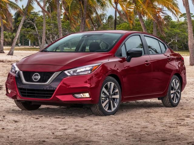 Novo Nissan Versa chega ao Brasil no ano que vem e vai conviver com modelo atual