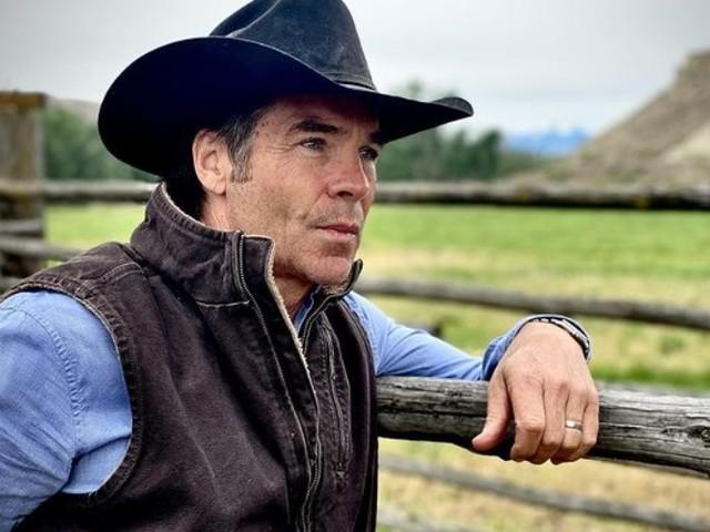 Aos 60 anos, ator Jay Pickett morre durante as gravações de filme