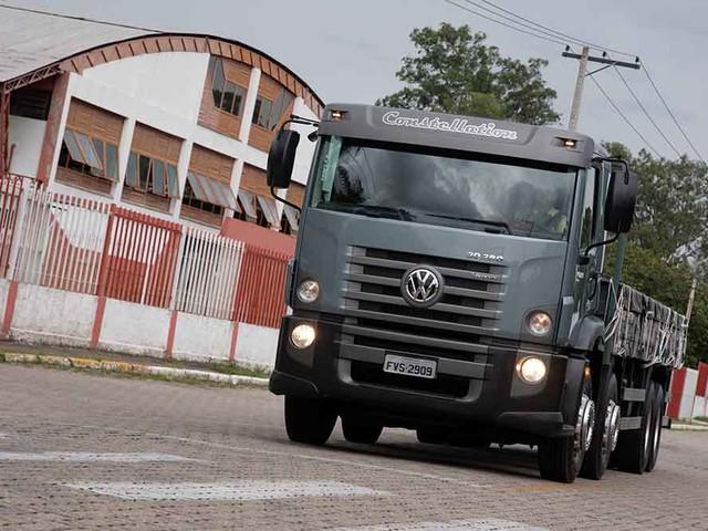 Semipesados: Volkswagen lança Constellation 30.280