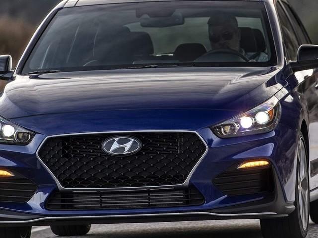 """Novo Hyundai Elantra GT (i30) 2020 """"N Line"""": detalhes - EUA"""