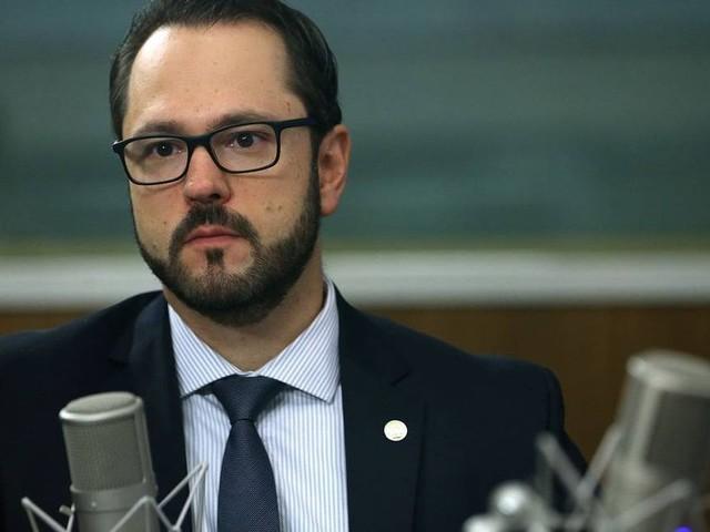 Novo presidente do Inep é criticado por especialistas por não ter experiência na área