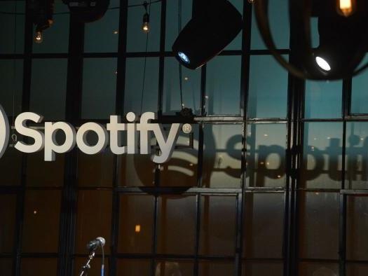 Spotify quer reforçar ligação com indústria musical e muda estratégia dos vídeos