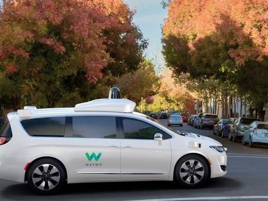 Waymo pode começar a oferecer corridas com carros autônomos já em dezembro