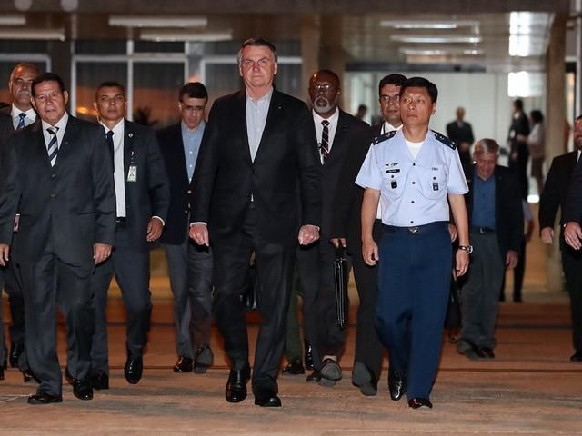 Assessor diz que Bush não convidou Bolsonaro para um encontro
