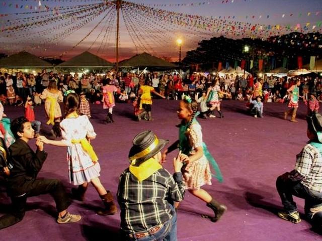 São João da Boa Vista comemora 198 anos com shows, Esquadrilha da Fumaça e desfile; programação