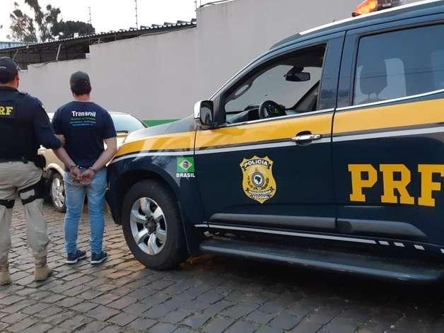 Motorista é preso após tentativa de fuga em Vacaria