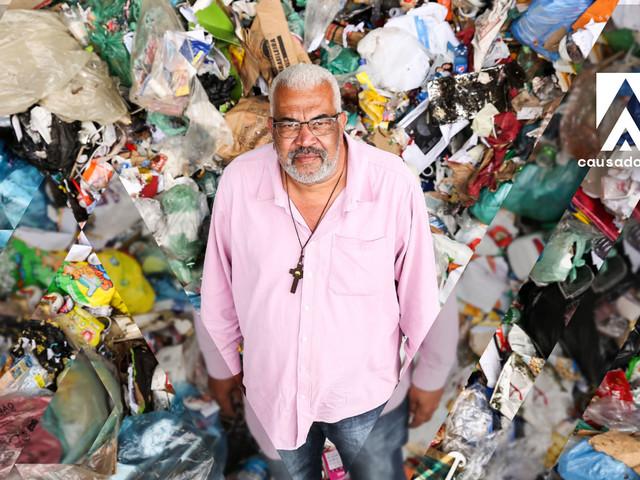 O lixo me salvou | À frente de cooperativa, Carioca aumentou renda dos catadores em 400%
